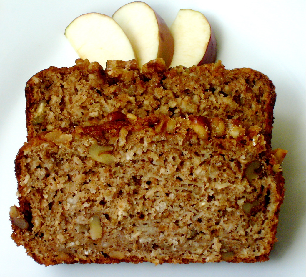Spiced Apple Walnut Bread with apple slices
