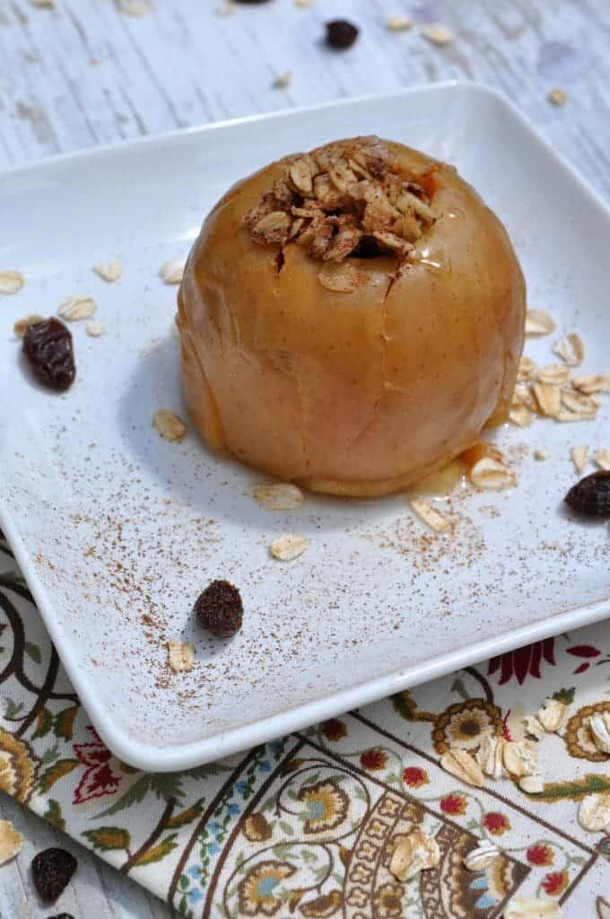 Slow Cooker Oatmeal Raisin Baked Apples 2