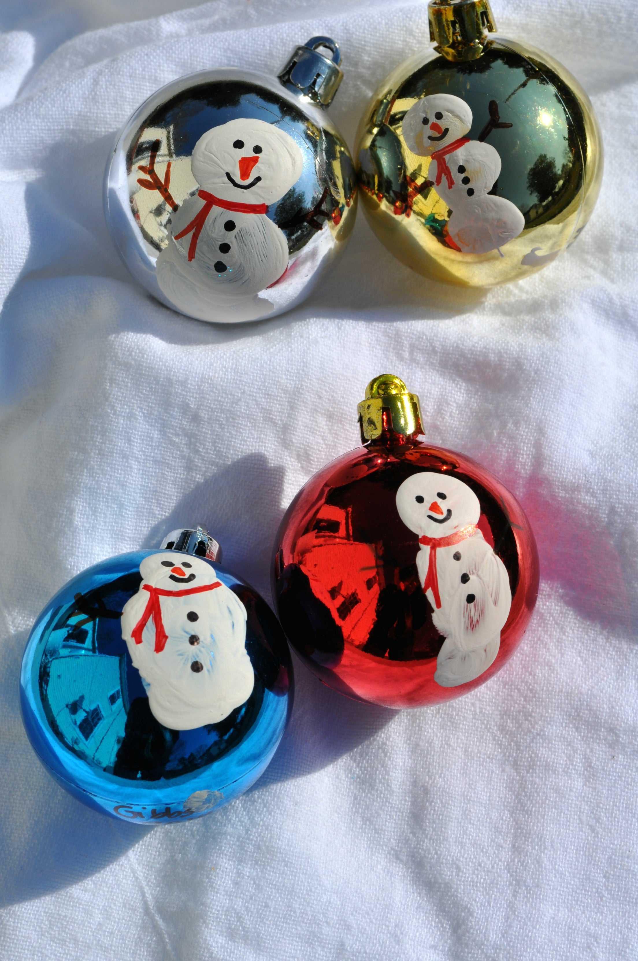 Homemade Christmas Ornaments Thumbprint Snowmen The