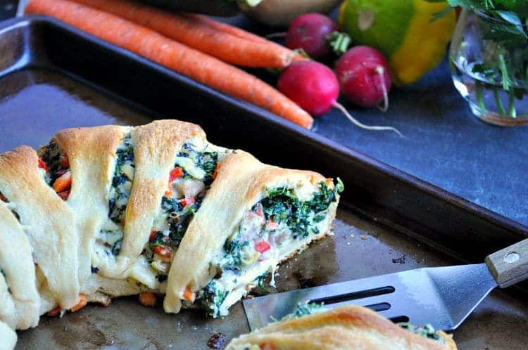 Lightened Up Spinach Artichoke and Chicken Crescent Ring 9
