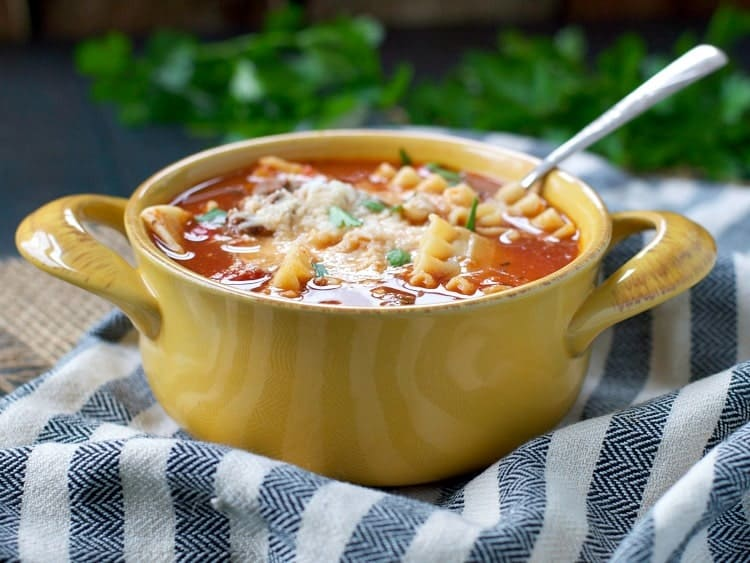 Healthy Slow Cooker Lasagna Soup is an easy All Day Crock Pot dinner for busy weeknights!