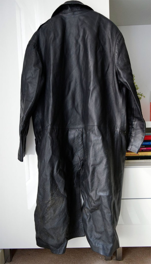 thesecretcostumier-recycled-leather-skirt3
