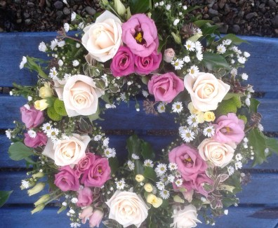 Pink Rose & Daisy Wreath