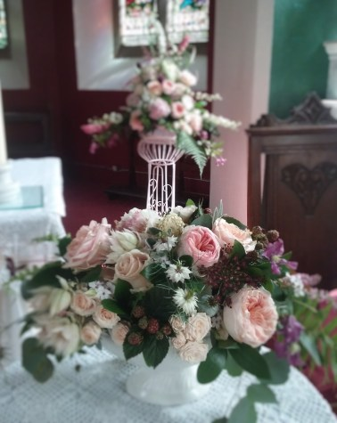 Dromagh Church wedding flowers