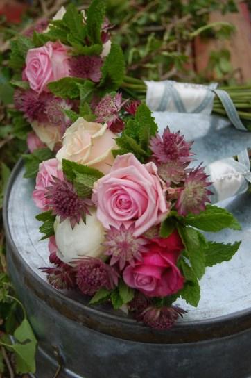 roses, peony& mint