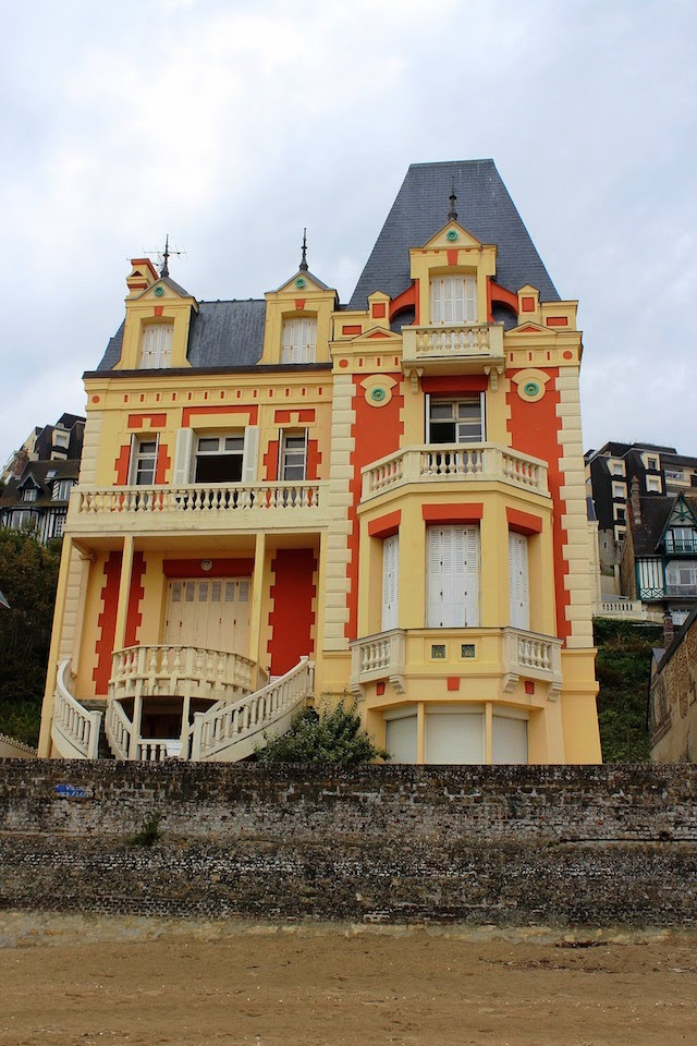 Beautiful mansion on the beach in Trouville