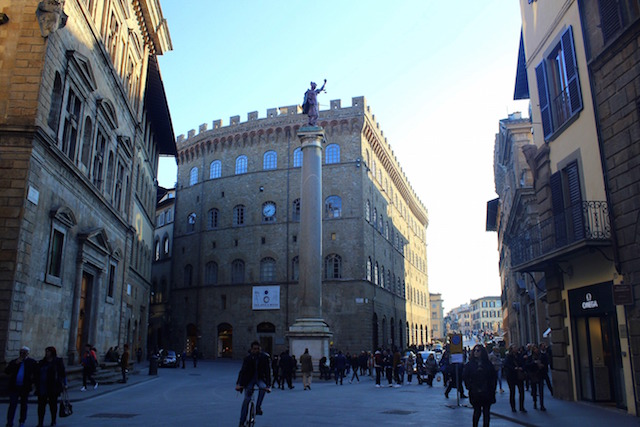 Shopping in via Tornabuoni in Florence