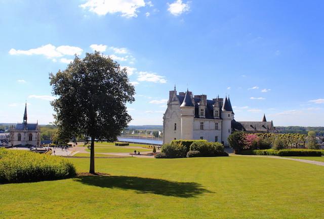 Visiting the Royal Chateau at Amboise