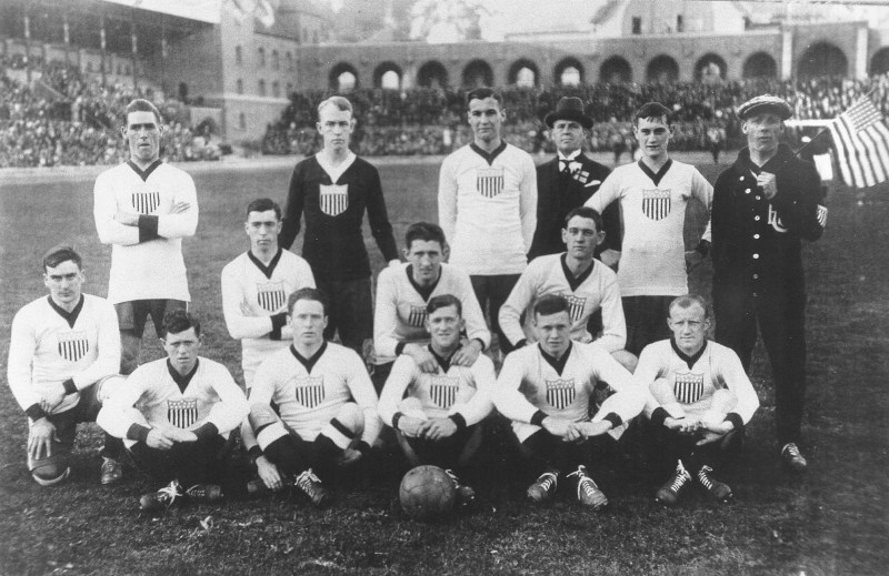 Us_soccer_team_1916