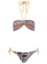 Miss Selfridge Aztec inspired bikini - £26 / Bikini de inspiración azteca de Miss Selfridge 34 €