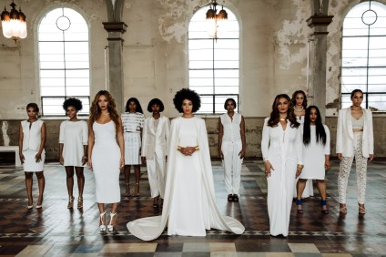 Solange Knowles wedding picture, with older sister Beyoncé at the left / Photo: Rog Walker for Vogue Magazine