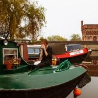 お宅訪問:イギリスのかわいいボート住居