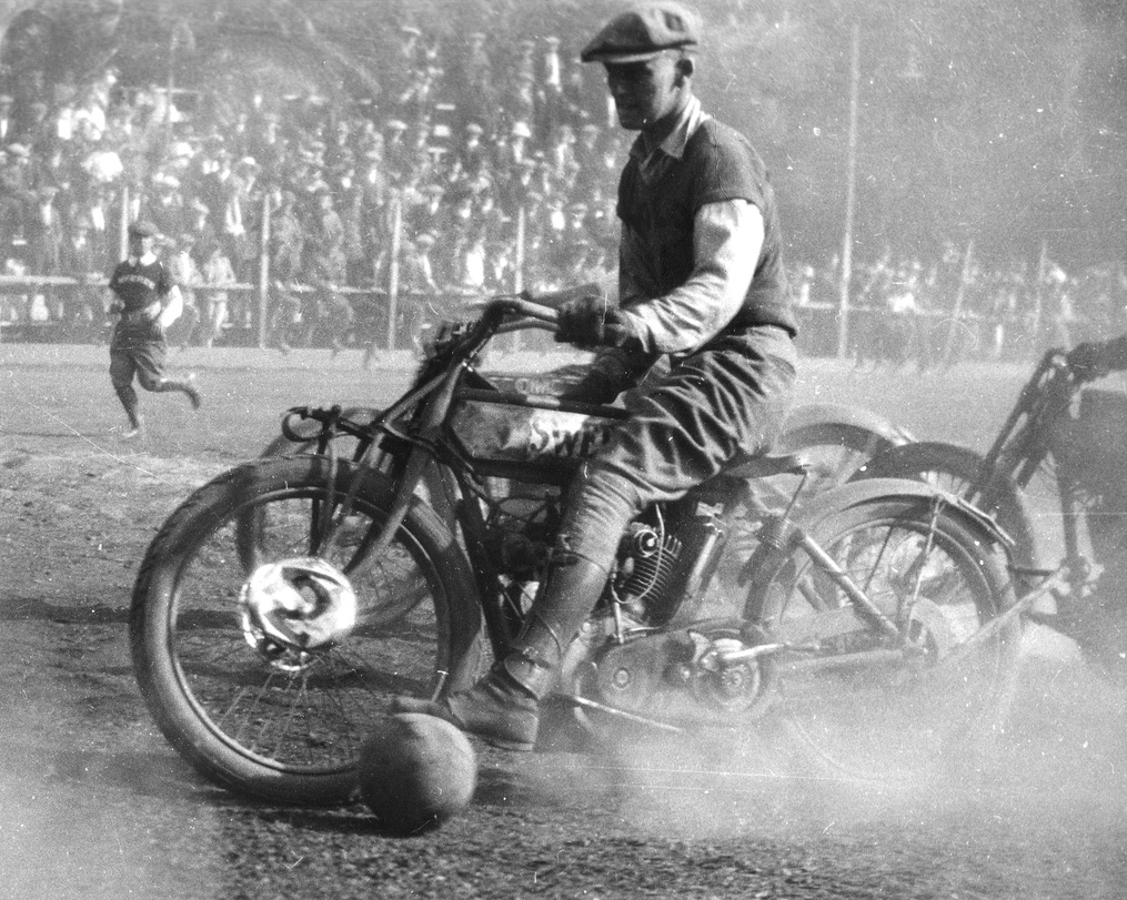 OAKLAND MOTORCYCLE CLUB SOCCER