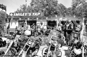 PULSATING PAULA DAYTONA BEACH BIKE WEEK SMILEY'S TAP BIKER BAR 1980S
