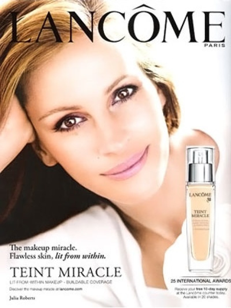 Julia-Roberts-Lancome-Ad-Campaign-Teint-Miracle