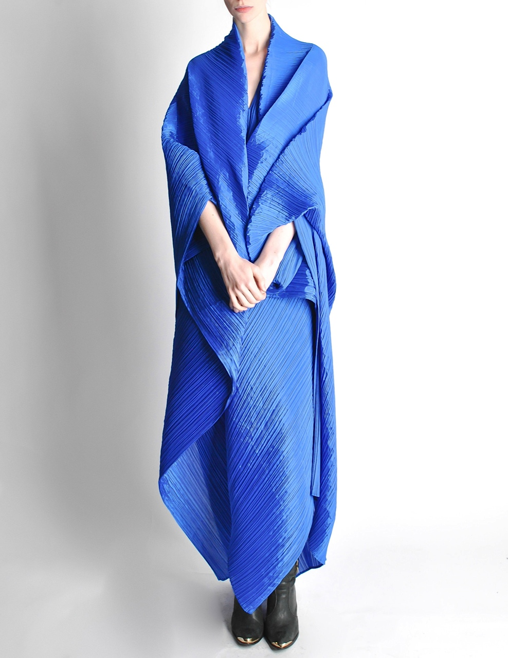 Issey_Miyake_Pleats_Please_Electric_Blue_Poncho_1_of_11