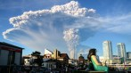 Calbuco volcano eruption. Credit: Philip Oyarzo Calisto