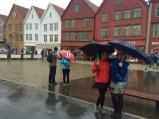 Jaime & Lisa in the rain; Bryggen, Bergen