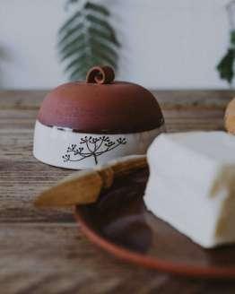 Earthenware butter dish