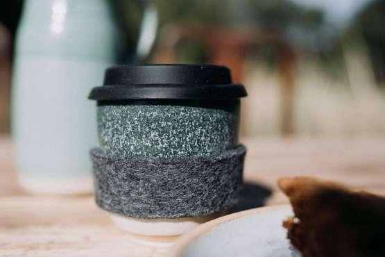 liz vidal new dark green travel coffee cup