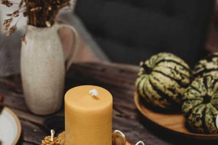 beeswax pillar candle main