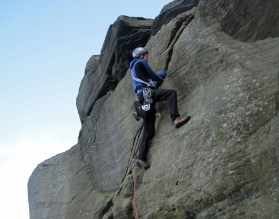 Me leading Zig-zag (Severe, 4b*) at Caley.