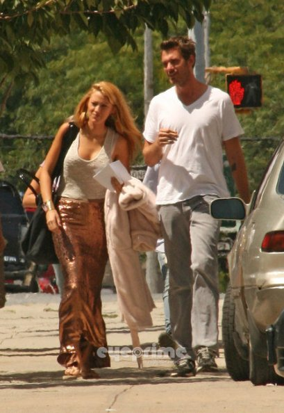 blake-lively-and-haute-hippie-sequined-mermaid-maxi-skirt-gallery