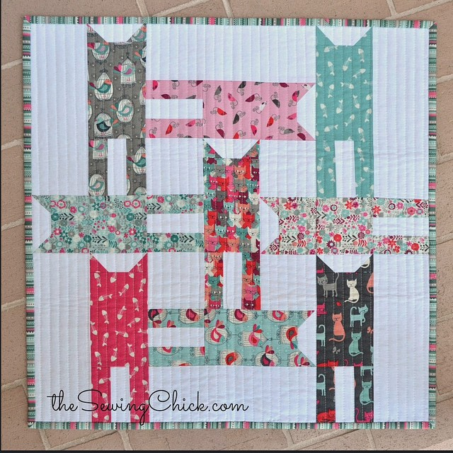cat weave mini quilt in makower cats