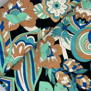 Graphic flowers- viscose tricot