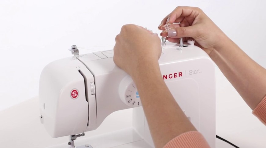 How to Thread Sewing Machine for Beginner
