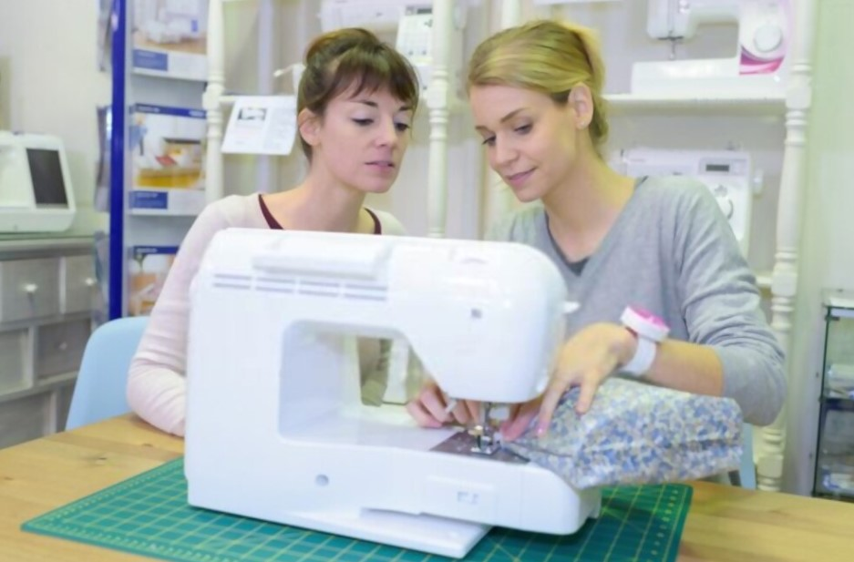 How to Check the Sewing Machine When Buying