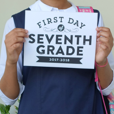 4 Ideas for Your First Day School Pictures | thesewist.me