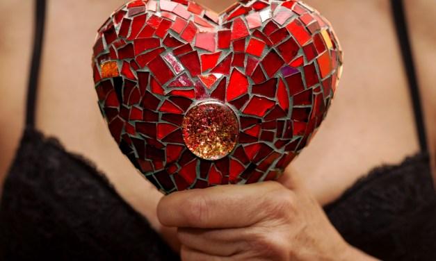 SGEM#86: Achy Breaky Heart (Colchicine for Acute Pericarditis)