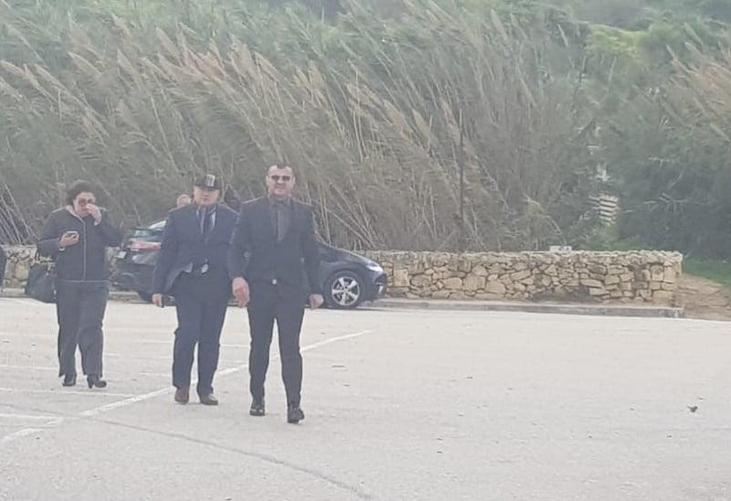 Kristijan Curavić White Flag