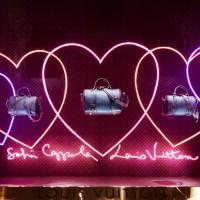 Louis Vuitton & Sofia Coppola: rosa + neón + corazones
