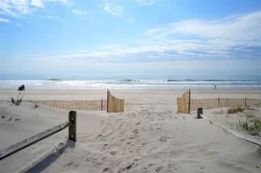 beachseaisle