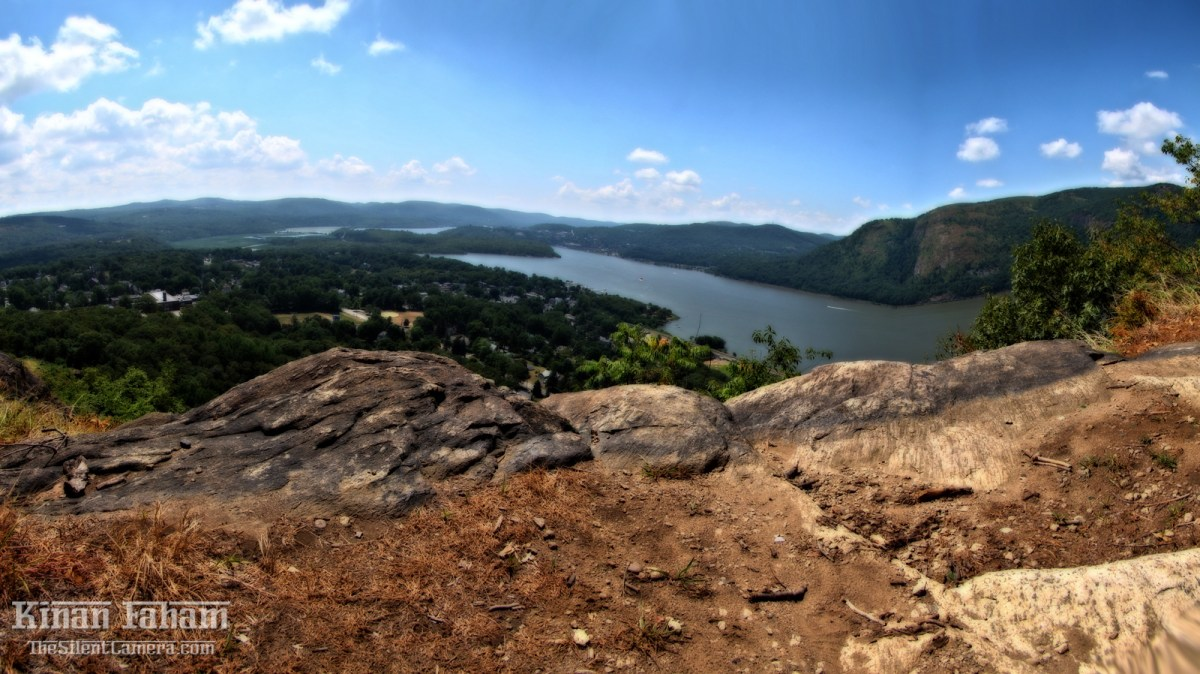 The Hudson river and valley as seen from one of Mount Taurus's peaks along the white trail