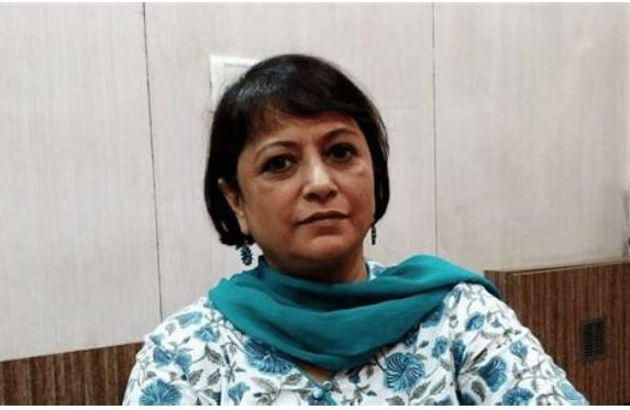 THE SCAM: Did you Know Author Sucheta Dalal and Debashis Basu Signed the Deal to the Show SCAM 1992 on Twitter?