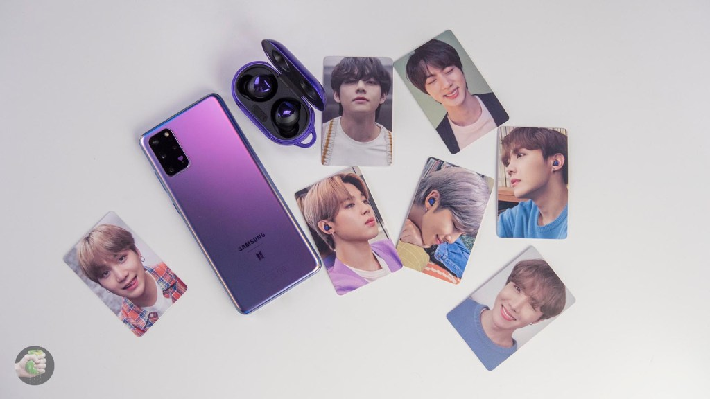BTS in India : Samsung giving out free BTS Photocards in India