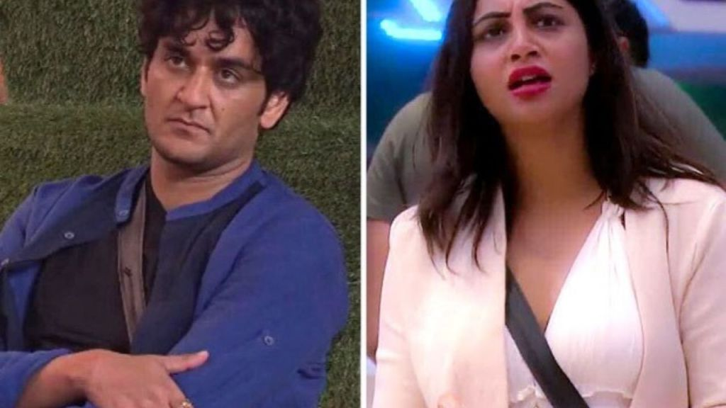 BB14: Vikas Gupta accuses his family for his 'Property' and Arshi Khan 'blackmailed' him to ruin his life