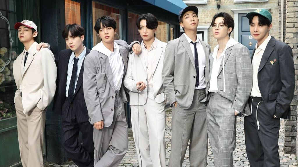 Is BTS going to enlist in the military? HYBE Music Briefly Responds To Predictions Of BTS Enlisting Together In 2022