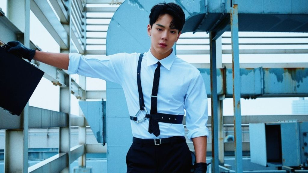 shownu enlists in military
