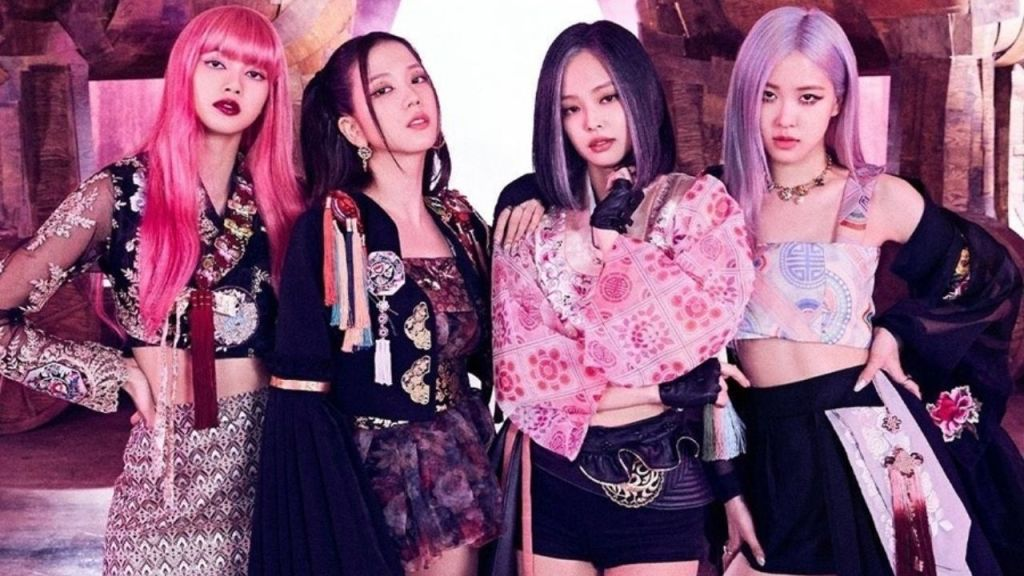 toxic solo stans of blackpink's lisa are being criticised for throwing hate on other members