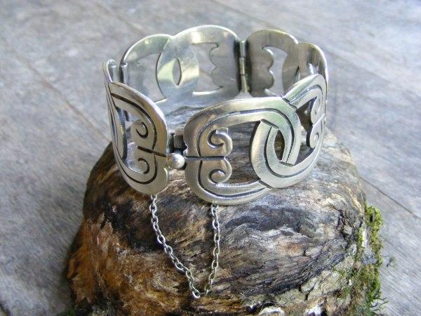 Wide Hinge Bracelet – Vintage Mexican