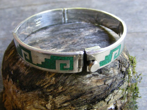 Hinge Bracelet with Aztec Design – Vintage Mexican
