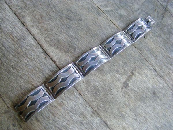 Wave Hinge Bracelet – Vintage Mexican