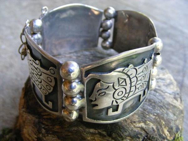 Tribal Hinge Bracelet – Vintage Mexican