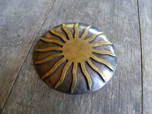 Sun Pin – Vintage Mexican