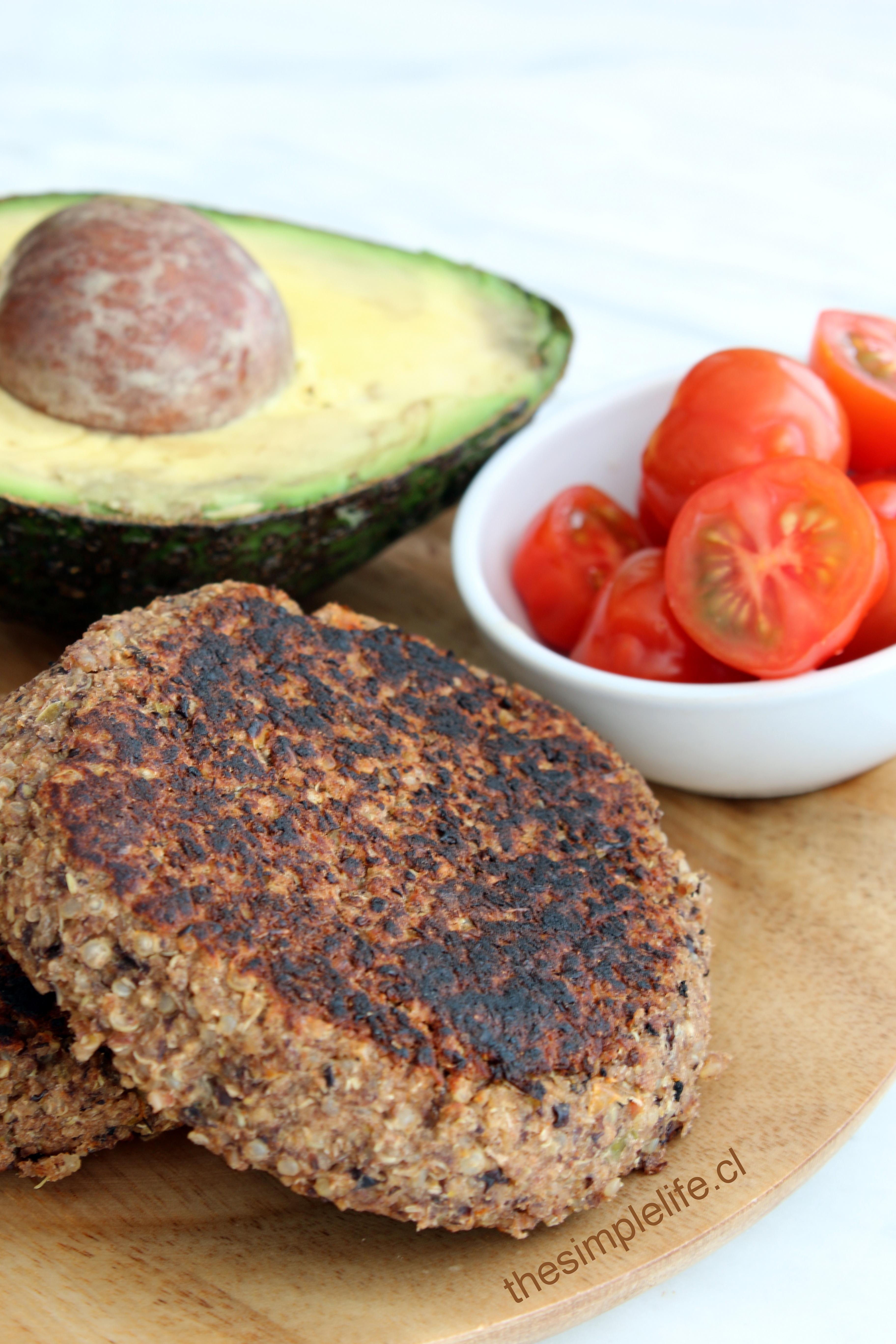 Hamburguesas de qu noa y porotos negros the simple life for Cocinar 1 taza de quinoa
