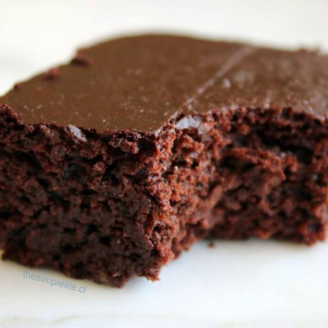 Hola soy Augusta y tengo antojo de brownies y muchashellip